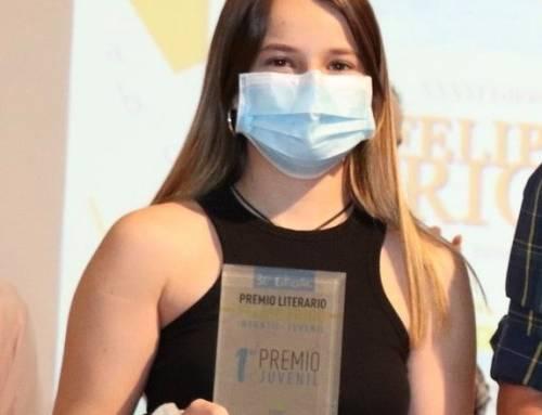 Marta García, ganadora en la categoría juvenil del certamen Felipe Trigo