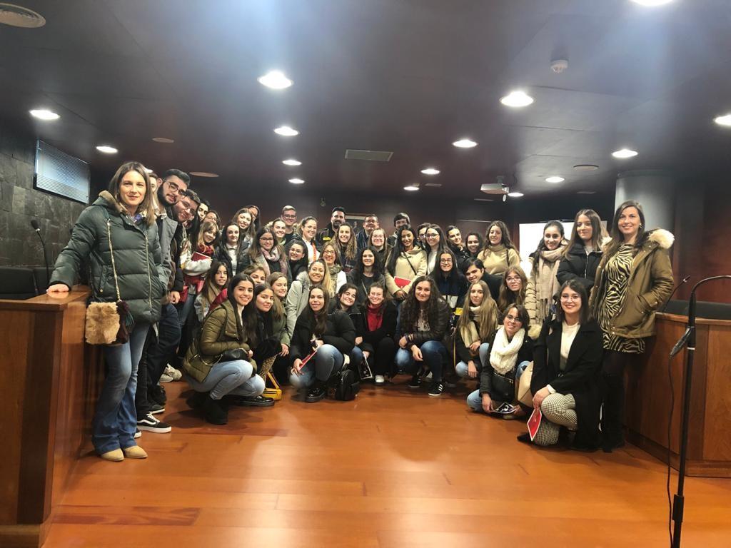 VISITA A LOS JUZGADOS DE CÁCERES DENTRO DEL PROGRAMA «CONOCE LA JUSTICIA»